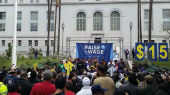 Los Angeles standing up to raise minimum wage