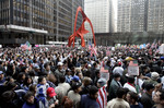"""""""Were here to stay!"""" Nations largest immigrant rights rally rocks Windy City"""