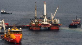 Obama halts offshore drilling