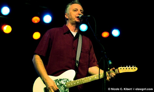 Billy Bragg inspires hope and change at farmworker fest