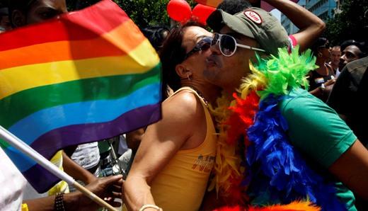 Cubans march against homophobia