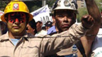 Mexican electricians receive U.S. labor solidarity