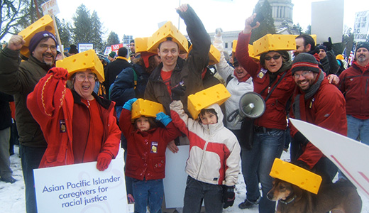 Cheesehead solidarity: 3,000 jam Wash. state capital