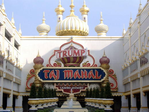Strike! Nearly 1,000 Trump Taj Mahal workers walk-off job