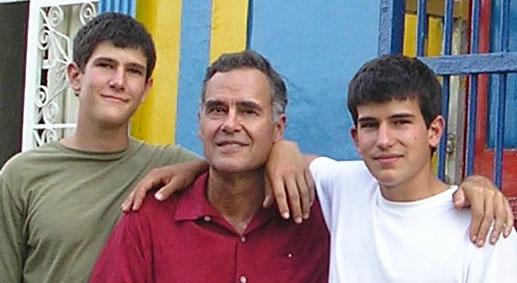 "Cuba and Venezuela shape new generation of ""Revolutionary Doctors"""