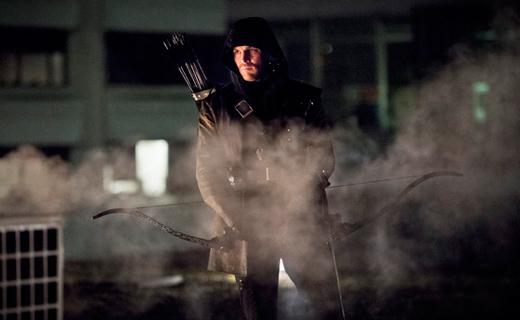 """Arrow"": tensions high as new season draws back its bow"