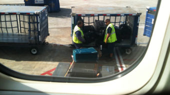 """""""Ramp up our pay,"""" demand Seattle baggage handlers"""
