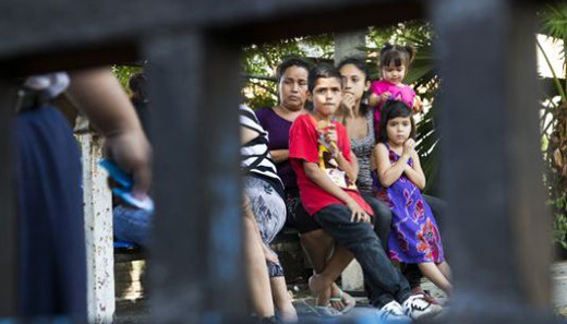 Activists denounce new wave of deportations of Central American refugees