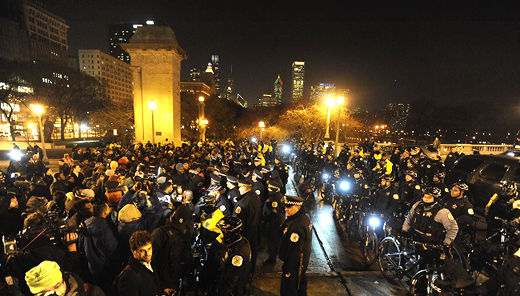 Protests in Chicago after release of video in Laquan McDonald's shooting