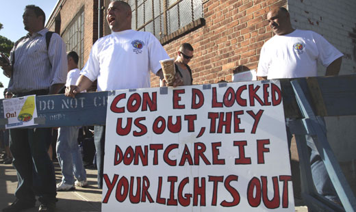 Governor helps force Con Ed into an agreement