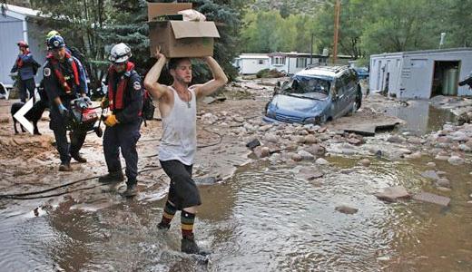 Oil, fracking chemical leaks worsen Colorado flood disaster