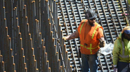 Unionized ironworkers aid non-union jobless