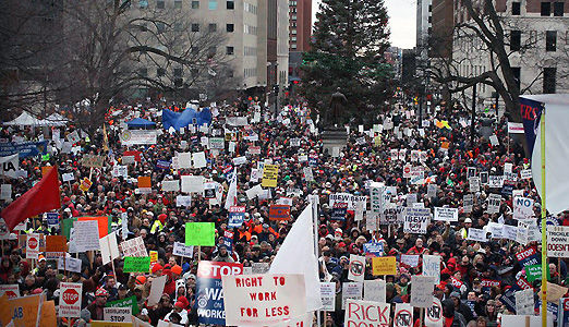 """30,000 protest """"right to work"""" for less in Michigan"""