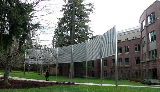 University of Oregon backs off attack on union