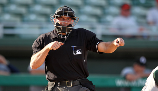 Minor league baseball umpires agree on new labor deal