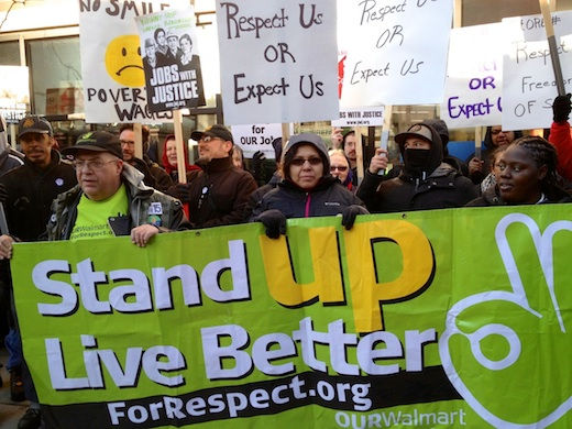 Video: Chicago Walmart workers arrested on Black Friday