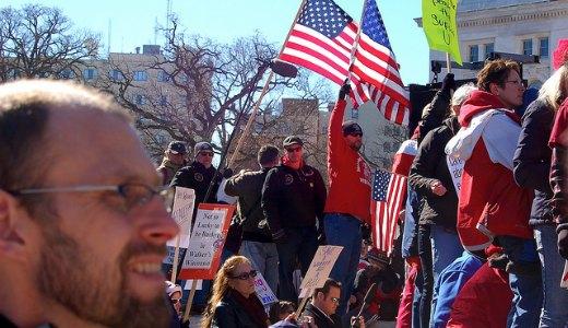 Wisconsin voters turn thumbs down on Walker agenda