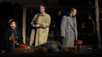 """""""Silent Night"""" in San José shows futility of war, yearning for peace"""