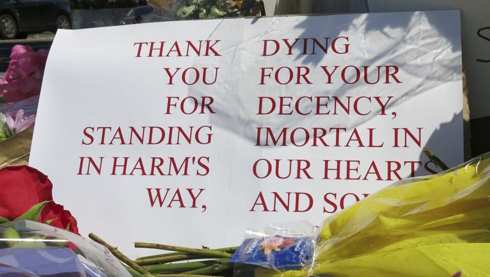 Portland unionist dies defending women against hate speech, attack