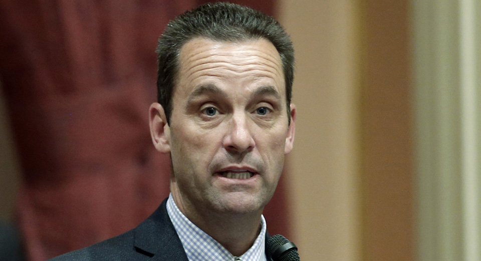 Steve Knight's third try at a town hall didn't fly