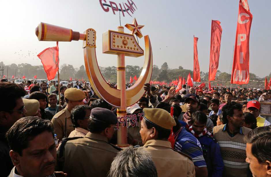 India's Congress party asks Communists for support