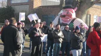 Porcelen SpecRail strikers hold firm