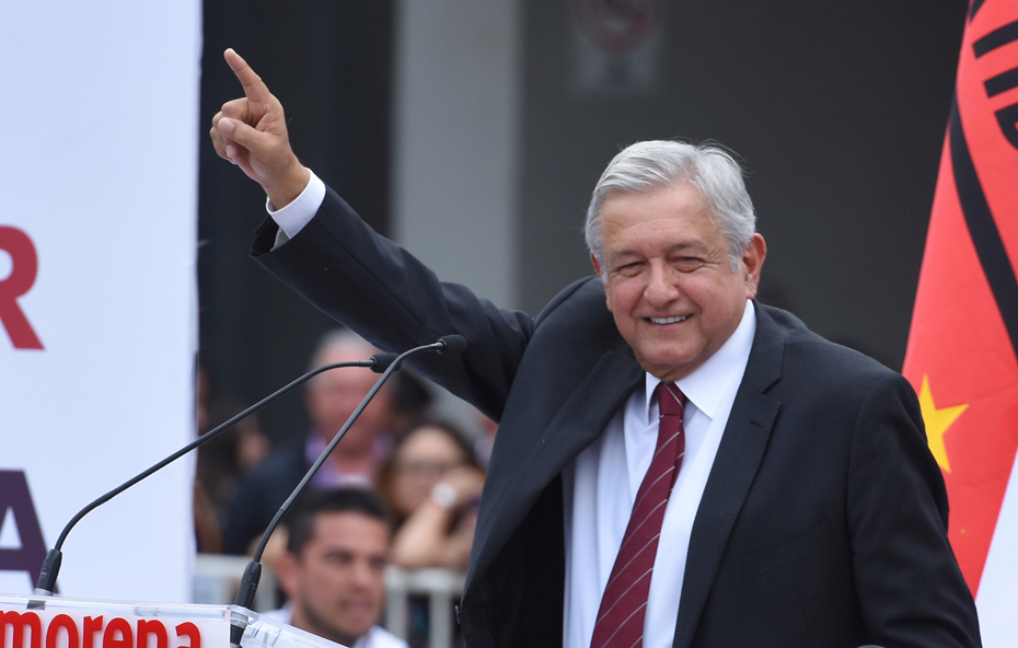 Mexicans abroad show support for López Obrador as campaign begins at home