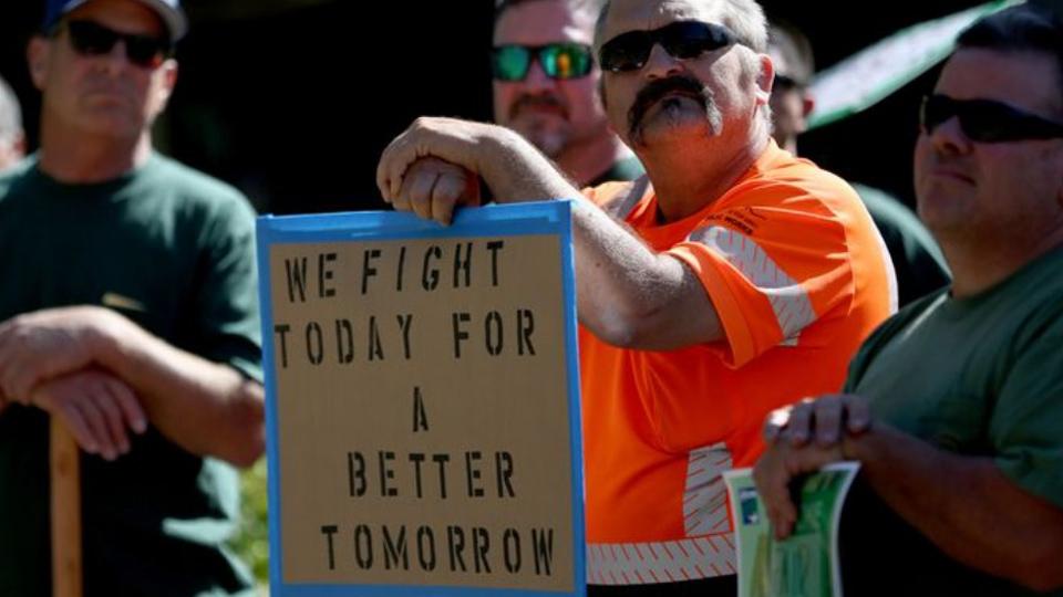 City workers in Salem, Oregon negotiate first post-Janus contract