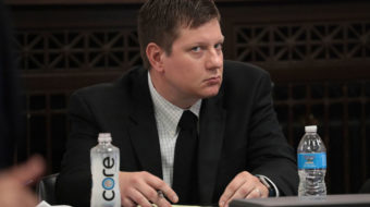 """Gasping for air"": Deputy recounts Laquan McDonald's final moments"
