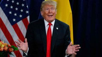 """""""Who drew it?"""" Trump belittles UN climate report"""