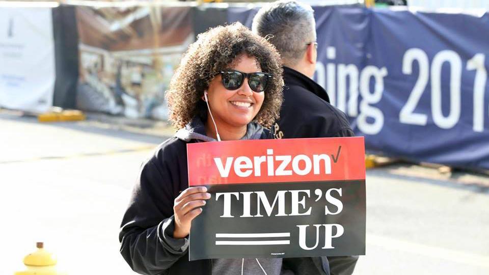 Senators to Verizon subcontractor: End pregnancy discrimination