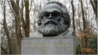 """Grave of Karl Marx attacked by """"fascist vandal"""""""