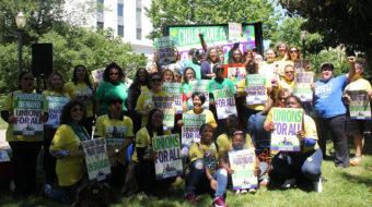 La administración de Trump ataca a los trabajadores de cuidados en casa