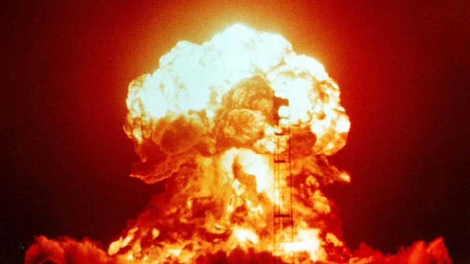 Declassified Cold War nuclear plans: U.S. would have blown up half the world