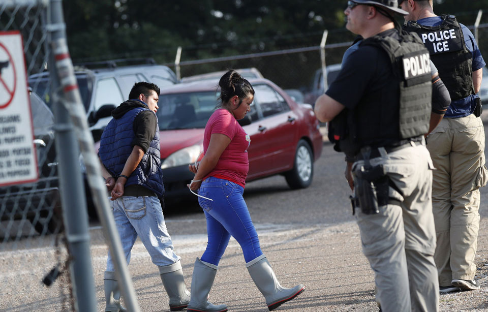 Immigrant workers terrorized in Mississippi raids while Trump was in El Paso