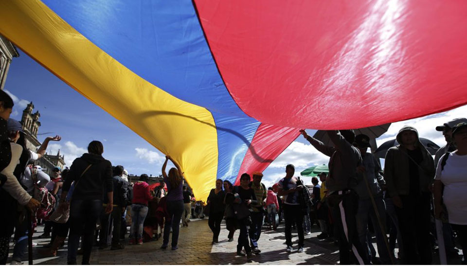 Colombian peace agreement failing, some rebels return to armed struggle