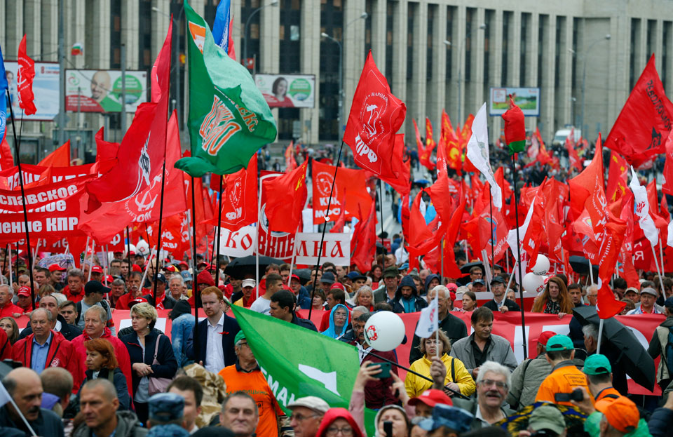 Moscow Communists see vote increase after demanding democracy in Russia