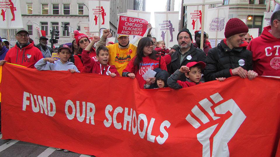 Chicago teachers, support staff strike