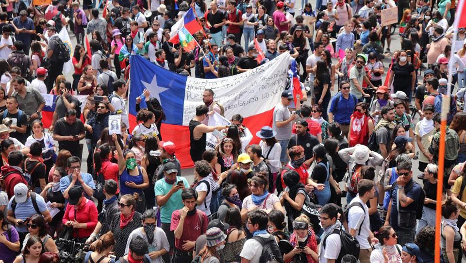 Chile en nueva jornada de huelga nacional