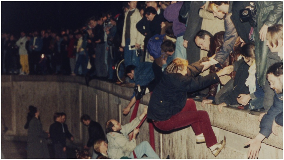 Thoughts on the Berlin Wall 30 years after its demise