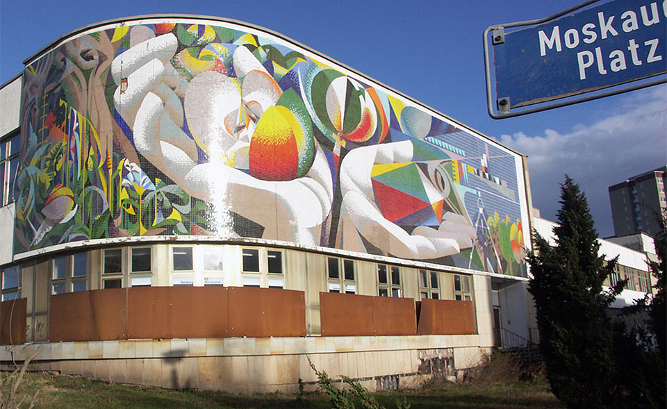 In Berlin and Erfurt, two murals belong to the people