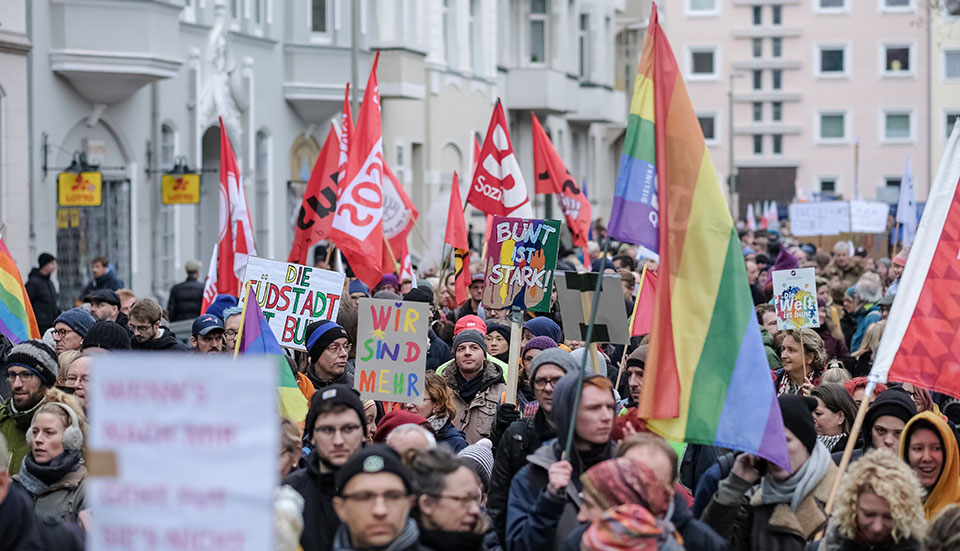 Right wing violence in Germany is met by determined resistance