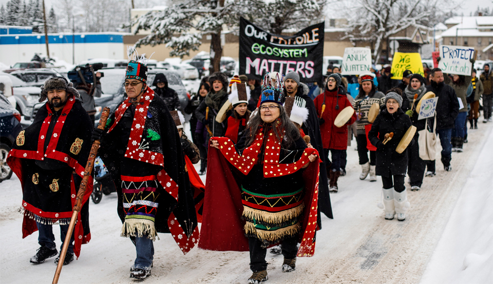 Business interests pressure Trudeau to crush Indigenous anti-pipeline protests