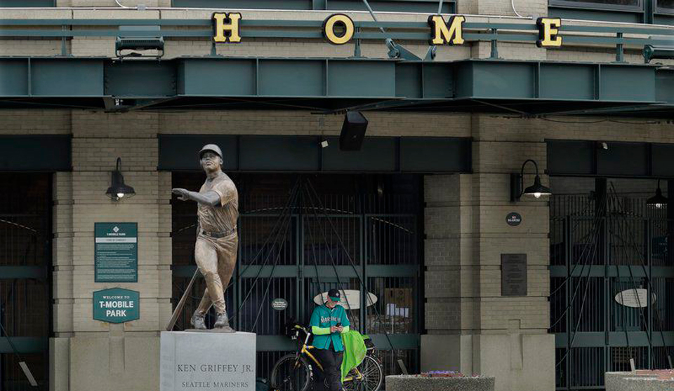 A lesson in handling crisis from Major League Baseball