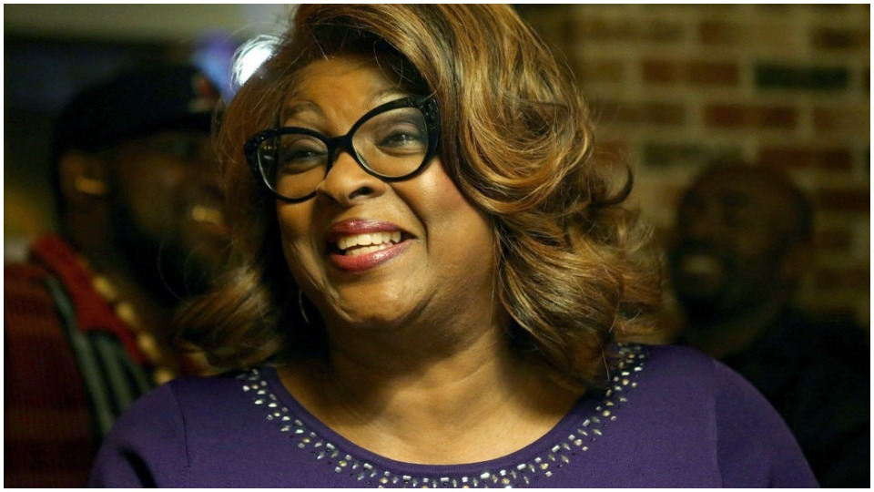 Voters dump a white supremacist and make a Black woman mayor