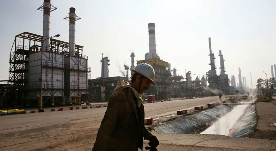 Worker's death sparks historic oil and gas strike in Iran