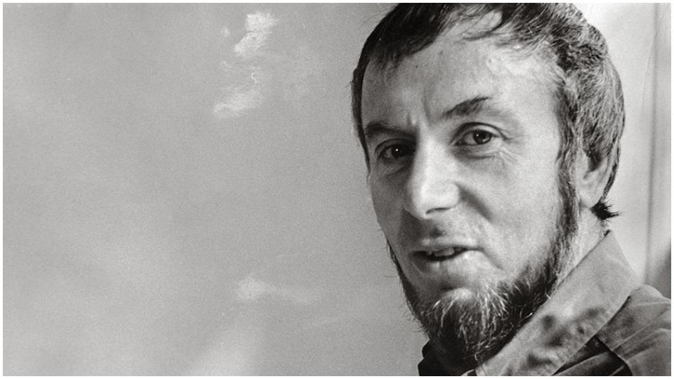 Eric Bentley, critic, playwright, Brecht translator, Hanns Eisler fan, dies at 103