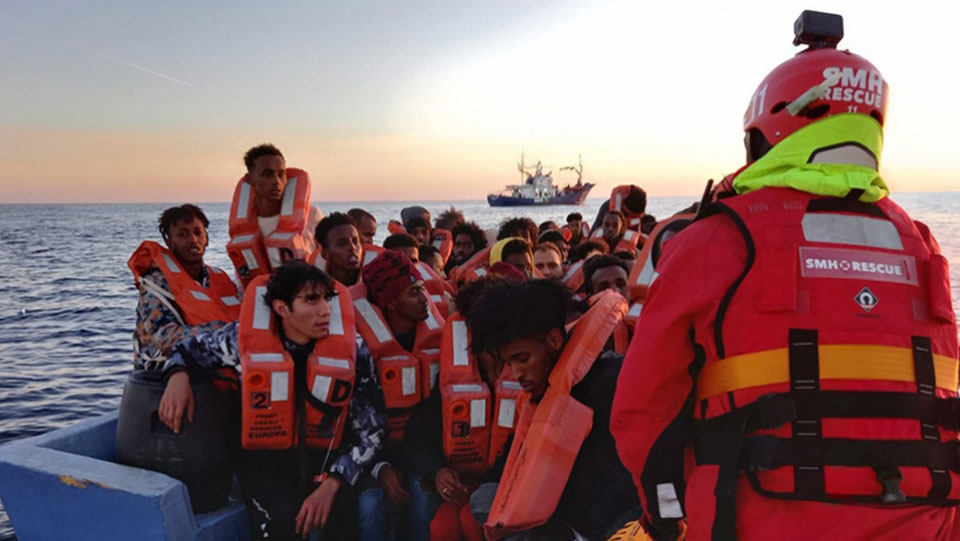 NGO refugee rescue ship left waiting on European help that never came