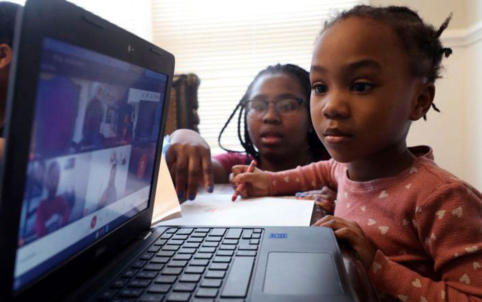 Some children to return to Chicago classrooms next week