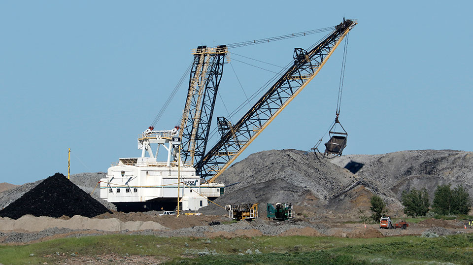 To mine or not to mine? Alberta coal confusion puts water in danger